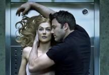 A cool girl and a bad guy: L'AMORE BUGIARDO – GONE GIRL di David Fincher